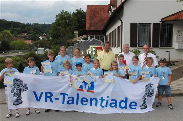 VR-TalentTeam_2011_2012__Small_